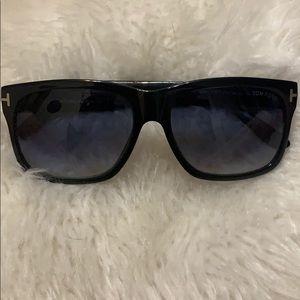 Tom Ford Barbara Sunglasses